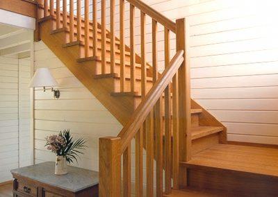 Escalier en chêne - Menuiserie Charlier
